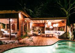 MAJO Private Villas - Gili Trawangan - Outdoors view