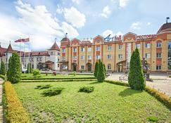 Art Hall Hotel - Briansk - Building