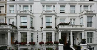 St. Joseph Hotel - London - Toà nhà