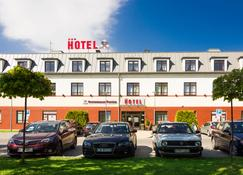 Hotel Portius - Krosno - Building