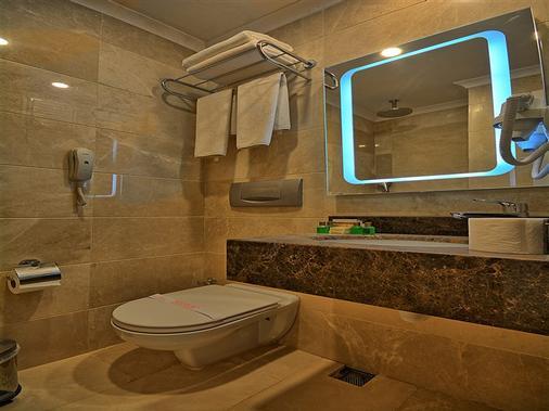 Samir Deluxe Hotel - Istanbul - Bathroom