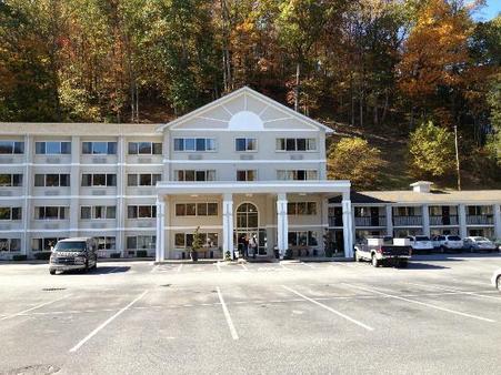 Cherokee Grand Hotel - Cherokee - Building