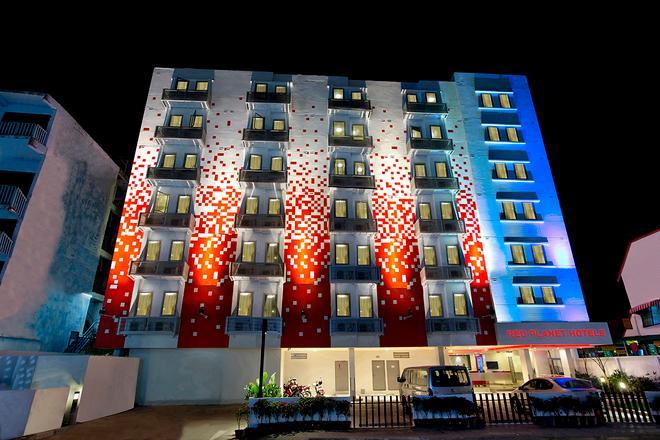 Red Planet Phuket Patong - Patong - Building