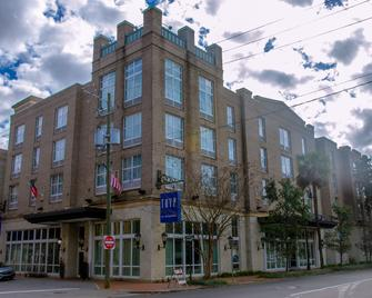 TRYP By Wyndham Savannah Downtown/Historic District - Savannah - Building