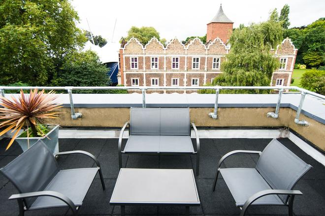 Safestay London Kensington Holland Park - Londra - Balkon