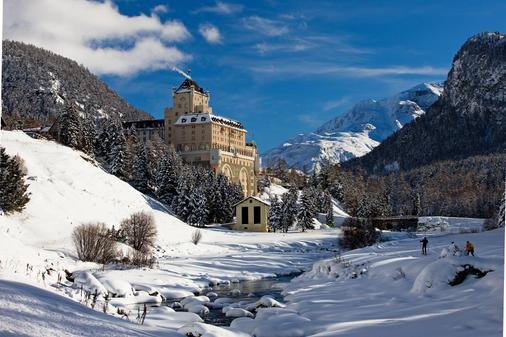 Hotel Schloss Pontresina Family & Spa - Pontresina - Gebäude