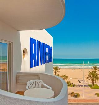 里維拉 RH 酒店 - 只招待成人入住 - 干迪亞 - 甘迪亞 - 陽台
