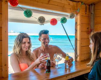 Hotel RH Vinaròs Playa - Vinaròs - Bar