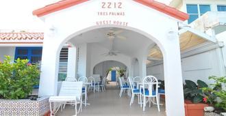 Tres Palmas Inn - San Juan - Toà nhà