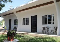 Playas Hotel - Puerto Escondido - Patio