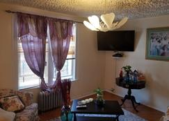 Waycross Vista Inc - 2nd Floor - Brooklyn - Sala de estar