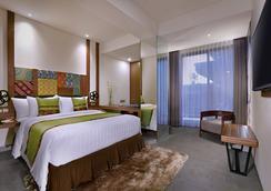 Vasanti Kuta Hotel - Kuta - Schlafzimmer