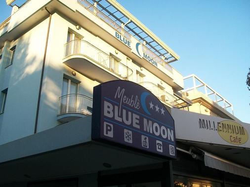 Hotel Blue Moon - Rimini - Toà nhà