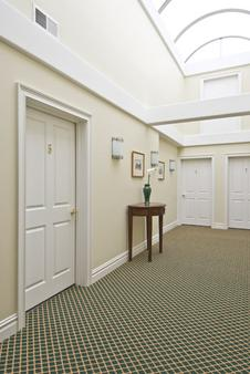 Pelham Court Hotel - Newport - Hallway