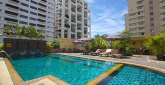 Woraburi Sukhumvit Hotel and Resort - Bangkok - Piscine