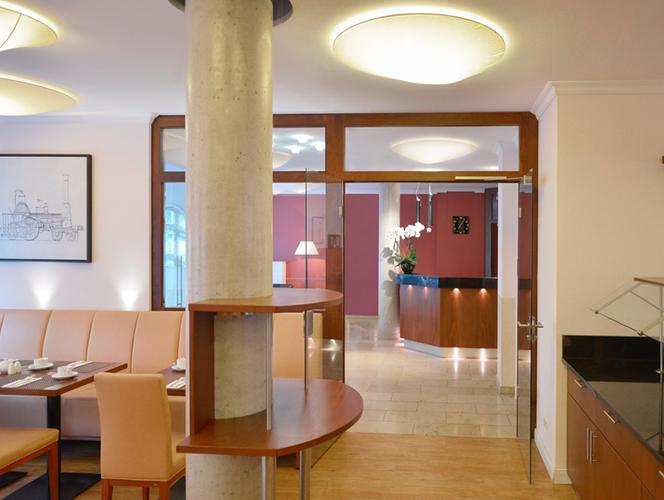 Hotel Adelante Berlin Mitte Ab 75 1 8 2 Berlin Hotels Kayak
