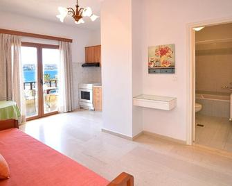 Simon Apartments - Sitia - Living room