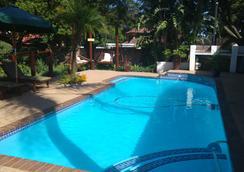 Journey's Inn Africa Guest Lodge - Johannesburg - Uima-allas