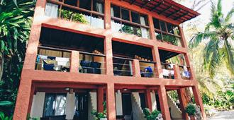 Ylang Ylang Beach Resort - Montezuma - Edificio