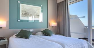 Hotel Orca Praia - Funchal - Makuuhuone