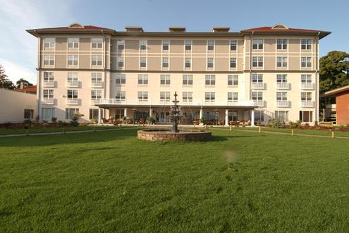 Fort William Henry Hotel and Conference Center - Lake George - Rakennus