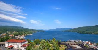 Fort William Henry Hotel and Conference Center - Lake George - Vista externa