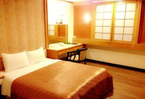 Li Gang hotel - Đài Trung - Phòng ngủ