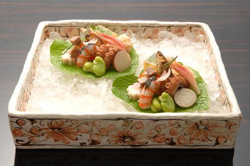 Kanamean Nishitomiya Ryokan - Kyoto - Food