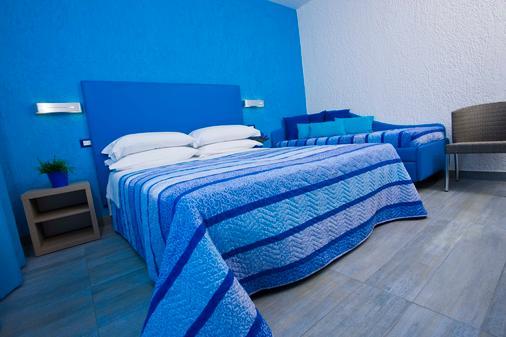 Hotel Napoleon - Pesaro - Bedroom