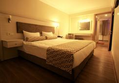 Grand Zeybek Hotel - Σμύρνη - Κρεβατοκάμαρα
