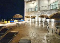 J View Hotel - Ciudad de Jeju - Vista del exterior