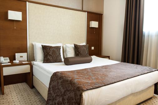 布蘭卡酒店 - 伊士麥 - 伊茲密爾 - 臥室