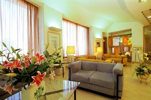 Grand Hotel Palace - Terracina - Living room