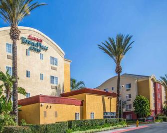 TownePlace Suites by Marriott Anaheim Maingate Near Angel Stadium - Anaheim