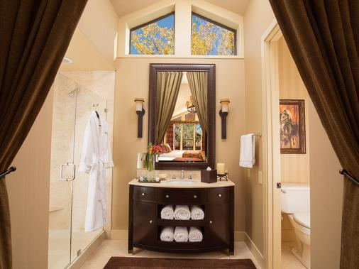 Rustic Inn Creekside Resort And Spa At Jackson Hole - Jackson - Bathroom