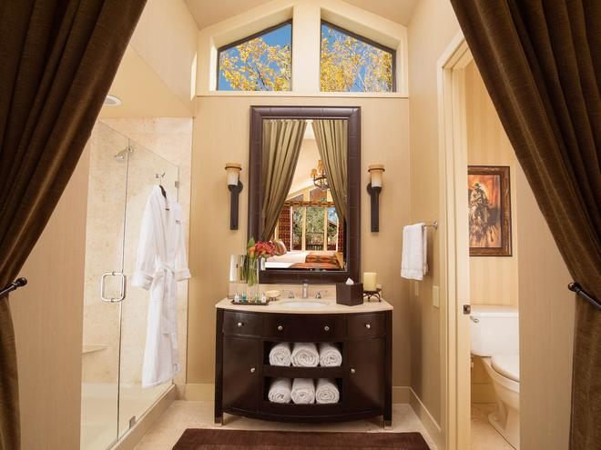 Rustic Inn Creekside Resort and Spa at Jackson Hole - Jackson - Bathroom