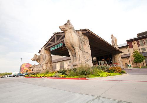 Great Wolf Lodge Sandusky C$ 236 (C̶$̶ ̶4̶2̶3̶)  Sandusky