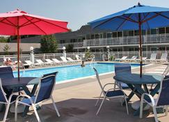 Cape Harbor Motor Inn - Cape May - Pool