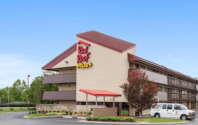 Red Roof Plus+ Nashville Airport - Nashville - Building