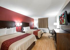 Red Roof Inn Knoxville Central - Papermill Road - Knoxville - Bedroom