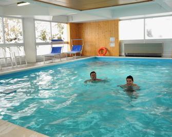 Residence Artuik - Perini Vacanze - Mezzana - Pool