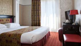 Hotel Eiffel Seine - Pariisi - Makuuhuone