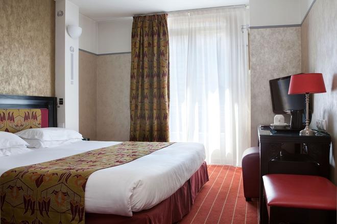 Hotel Eiffel Seine - Paris - Bedroom
