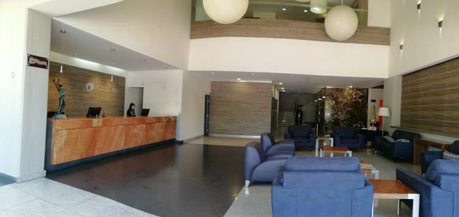 Casa Inn Business Hotel Celaya - Celaya - Rezeption