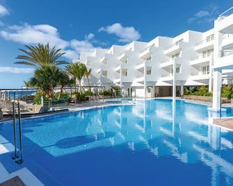 Hotel Riu Palace Jandia - Pájara - Pool