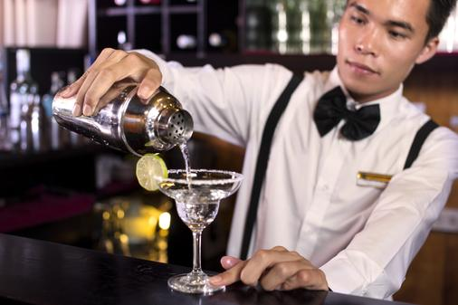 Aphrodite Cruises - Ha Long - Bar