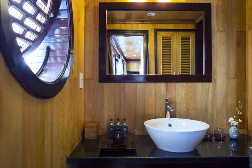 Aphrodite Cruises - Ha Long - Casa de banho