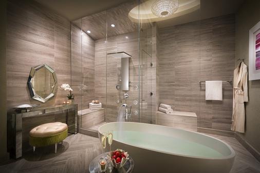 Seminole Hard Rock Hotel & Casino Tampa - Tampa - Bathroom