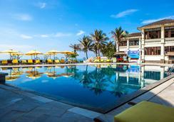Allezboo Beach Resort & Spa - Mũi Né - Pool