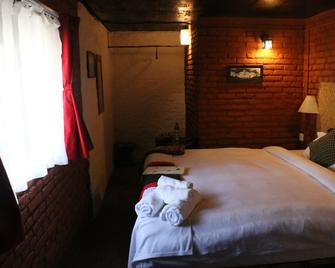 Hira Guest House - Lalitpur - Bedroom